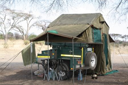 Übernachtung auf einer Budget-Safari