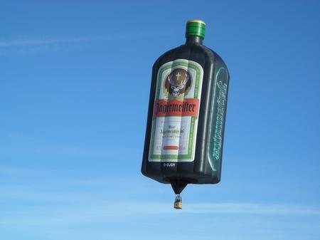 Die größte Jägermeister Flasche der Welt