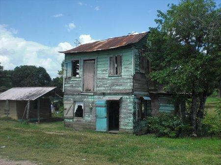 Eine Busfahrt durch Belize