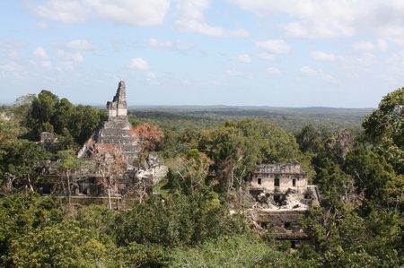 Die Mayaruinen von Tikal