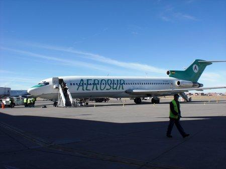 AerosuR-Boeing-727-200