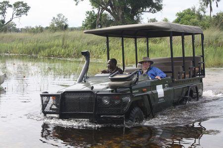 Autofahren im Okavango Delta