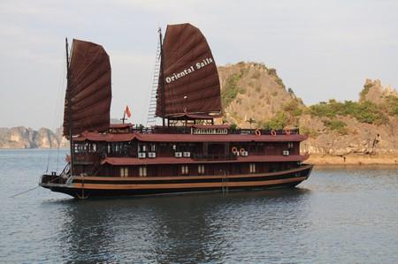 Oriental Sails Segelschiff